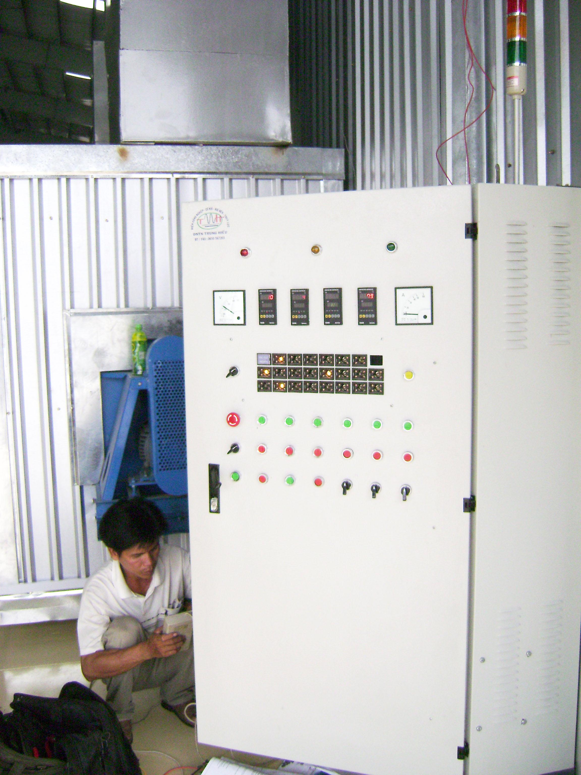 Tủ điện điểu khiển tự động