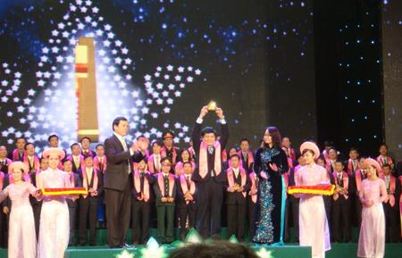Top 100 Sao Vàng Đất Việt 2011