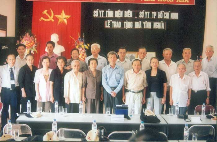 Sở Y Tế TP Hồ Chí Minh tặng nhà tình nghĩa