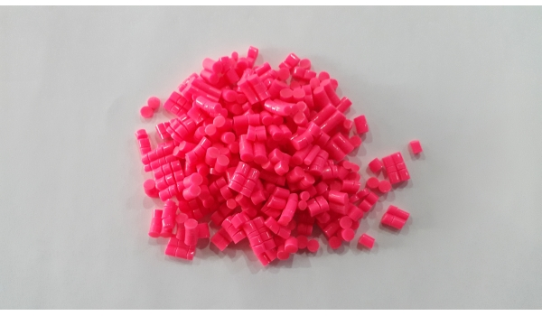 Hạt nhựa PVC đỏ