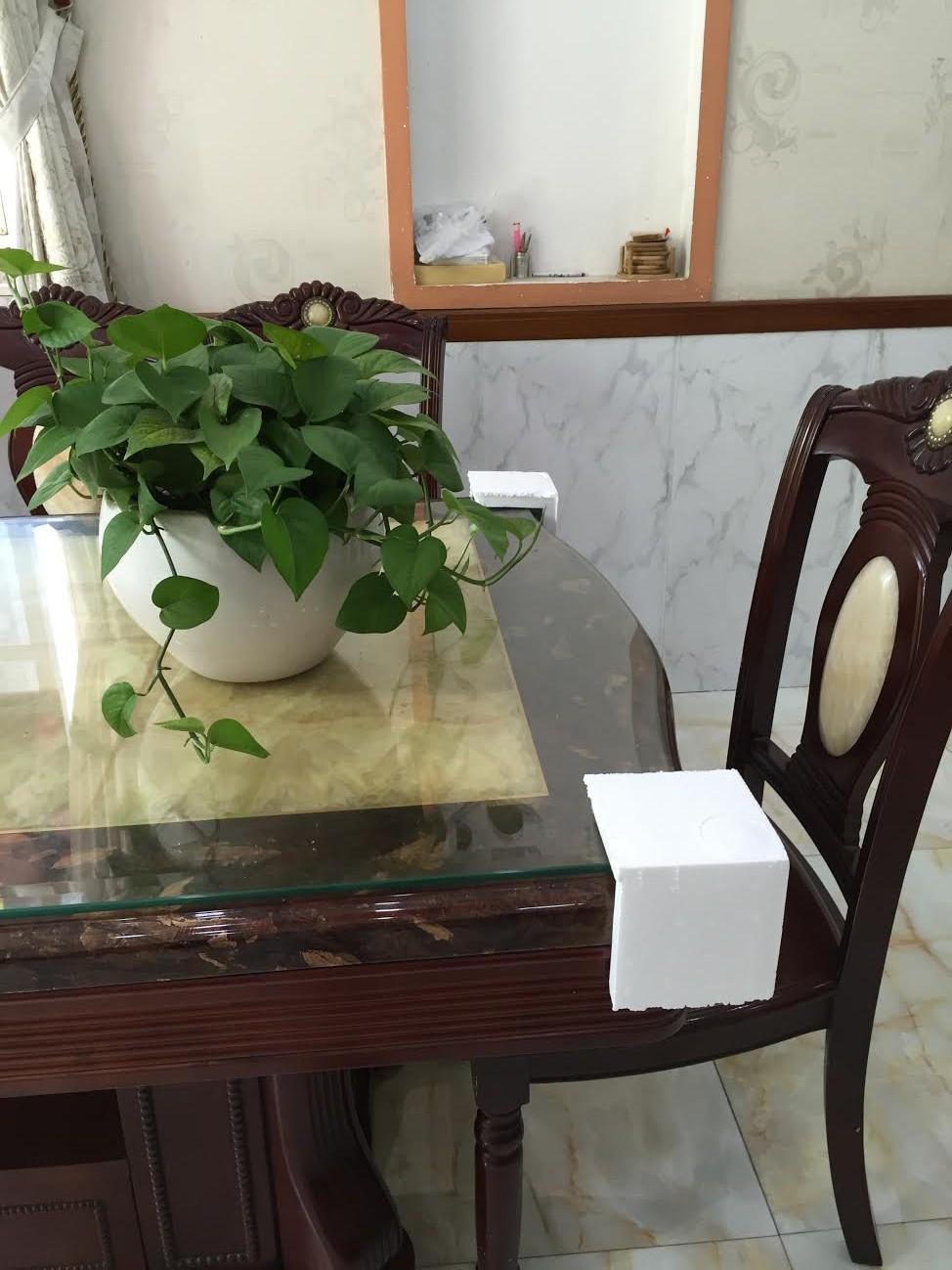 Xốp góc ốp cạnh bàn
