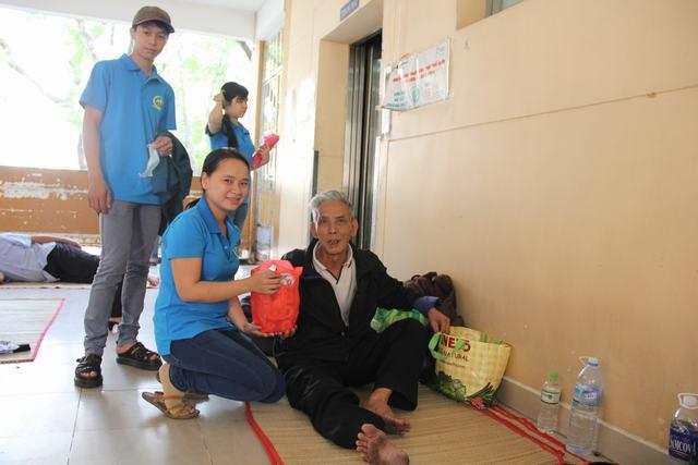 Hoạt động  từ thiện