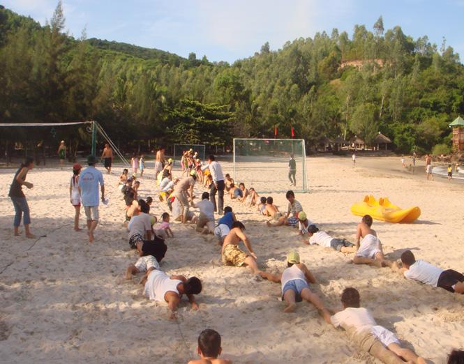 Chơi trò chơi bãi biển