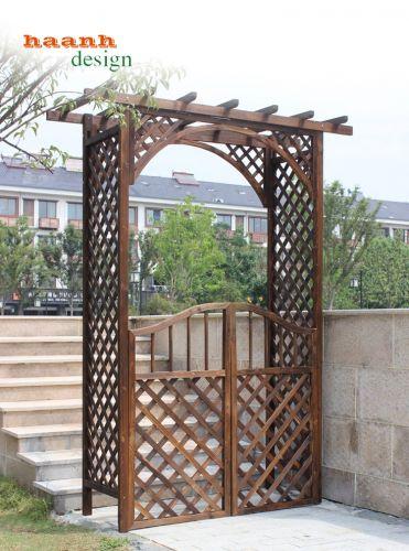 Cổng gỗ sân vườn