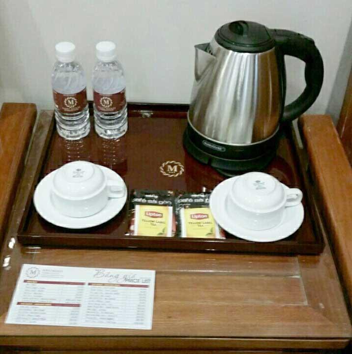 Khay đựng coffe, trà phòng khách sạn