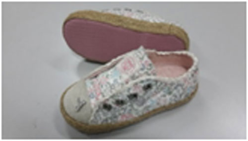 Giày trẻ em