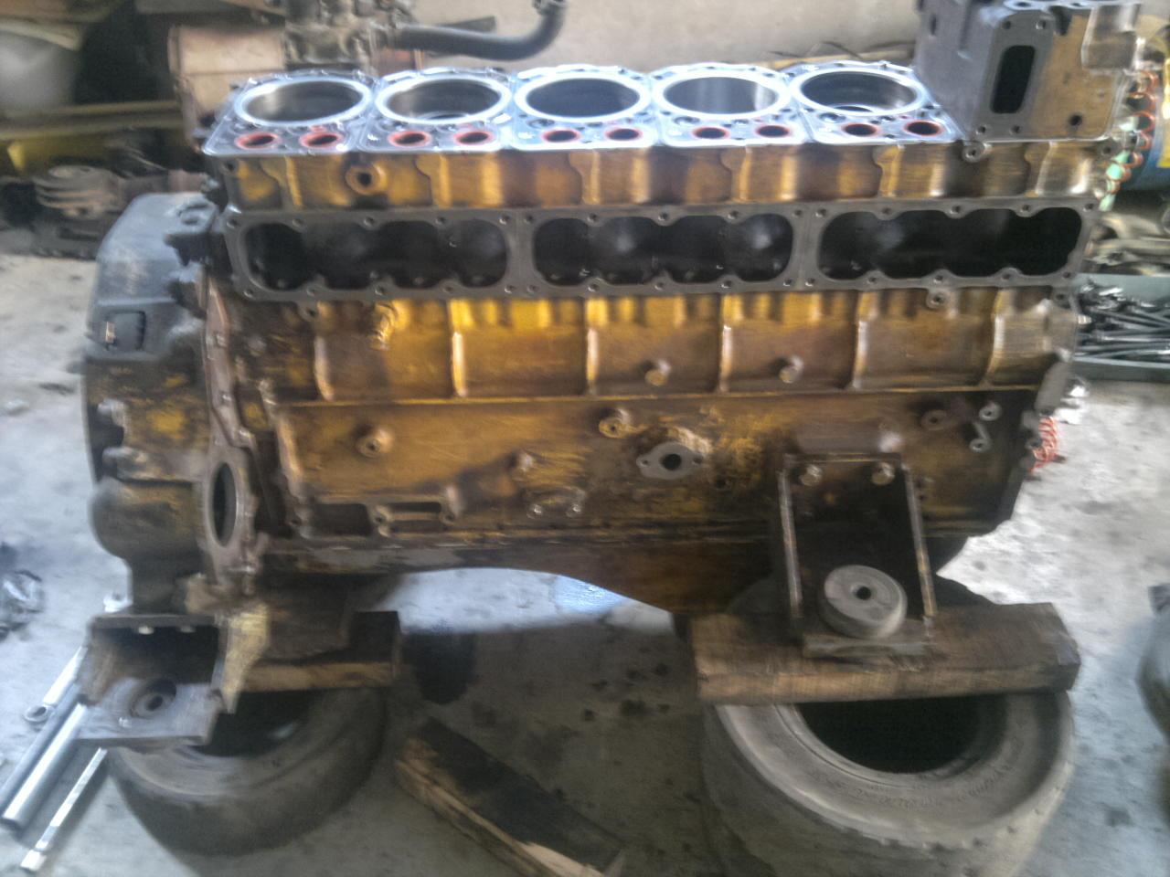 Sửa chữa động cơ xe nâng DIESEL ( động cơ, hộp số, côn\...)