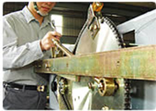 Bảo trì và sửa chữa thang máy