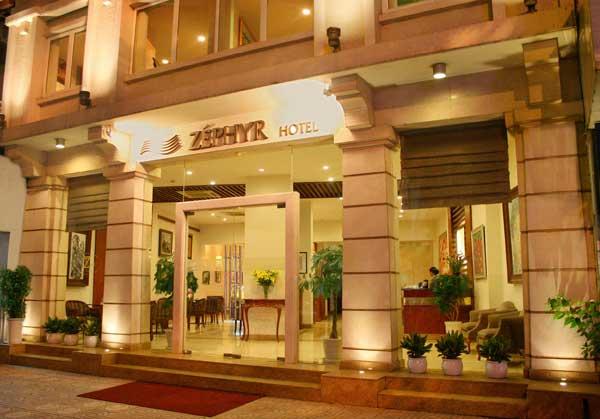 Zephyr Hotel