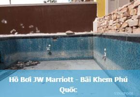 Hồ bơi JW Marriott