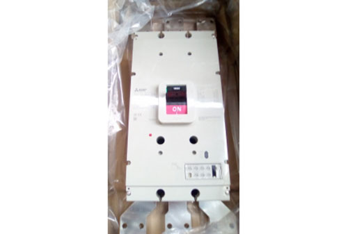 MCCB-3P 1600A