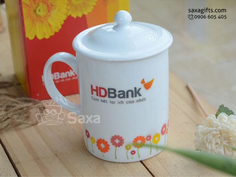 Ly sứ in logo HDbank