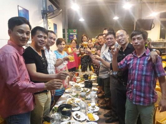 Suất ăn tiệc gia đình