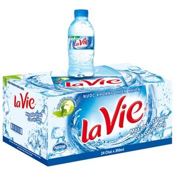 Nước uống đóng chai Lavie