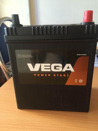 Ắc quy Vega