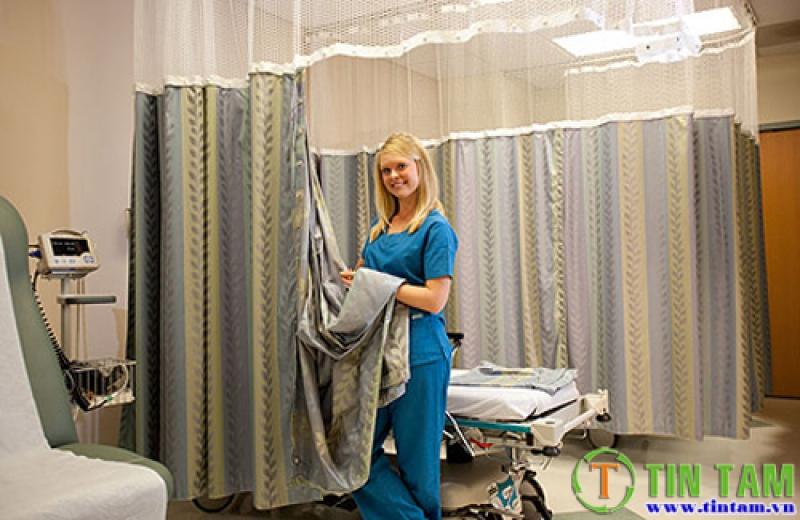 Màn bệnh viện