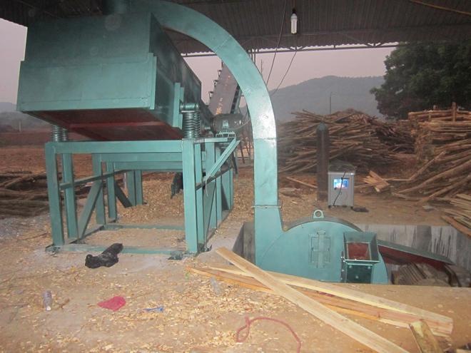 Máy băm dăm gỗ