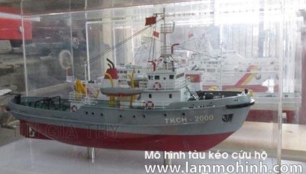 Mô hình tàu kéo cứu hộ