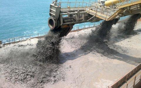 Máy hút cát