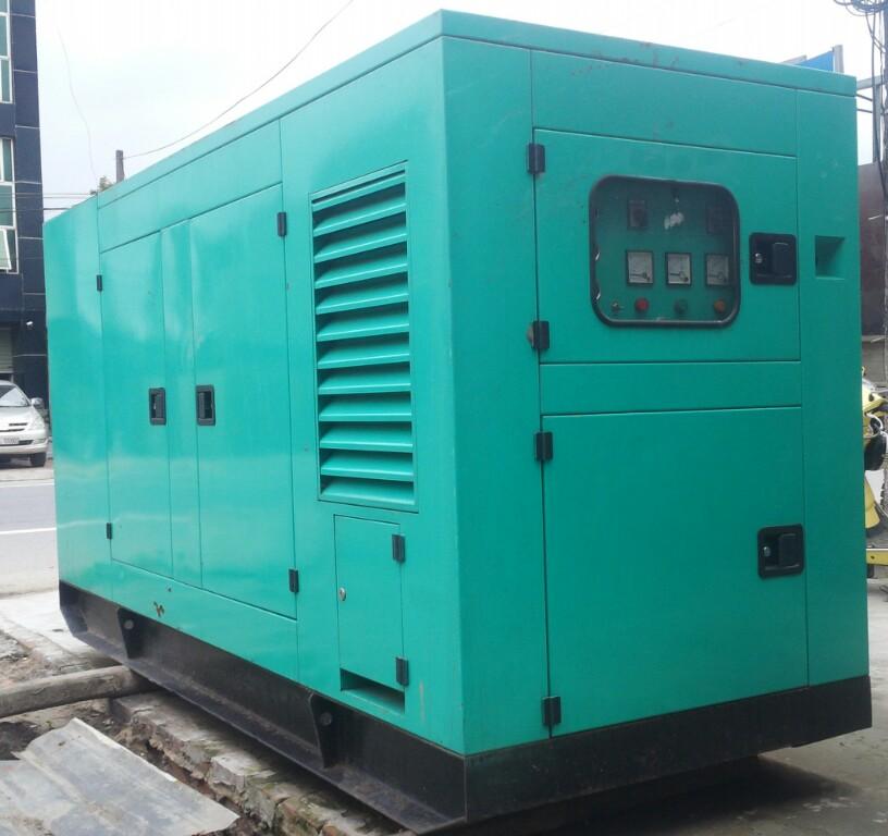 Máy phát điện công nghiệp 1