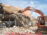 Tháo dỡ công trình khách sạn