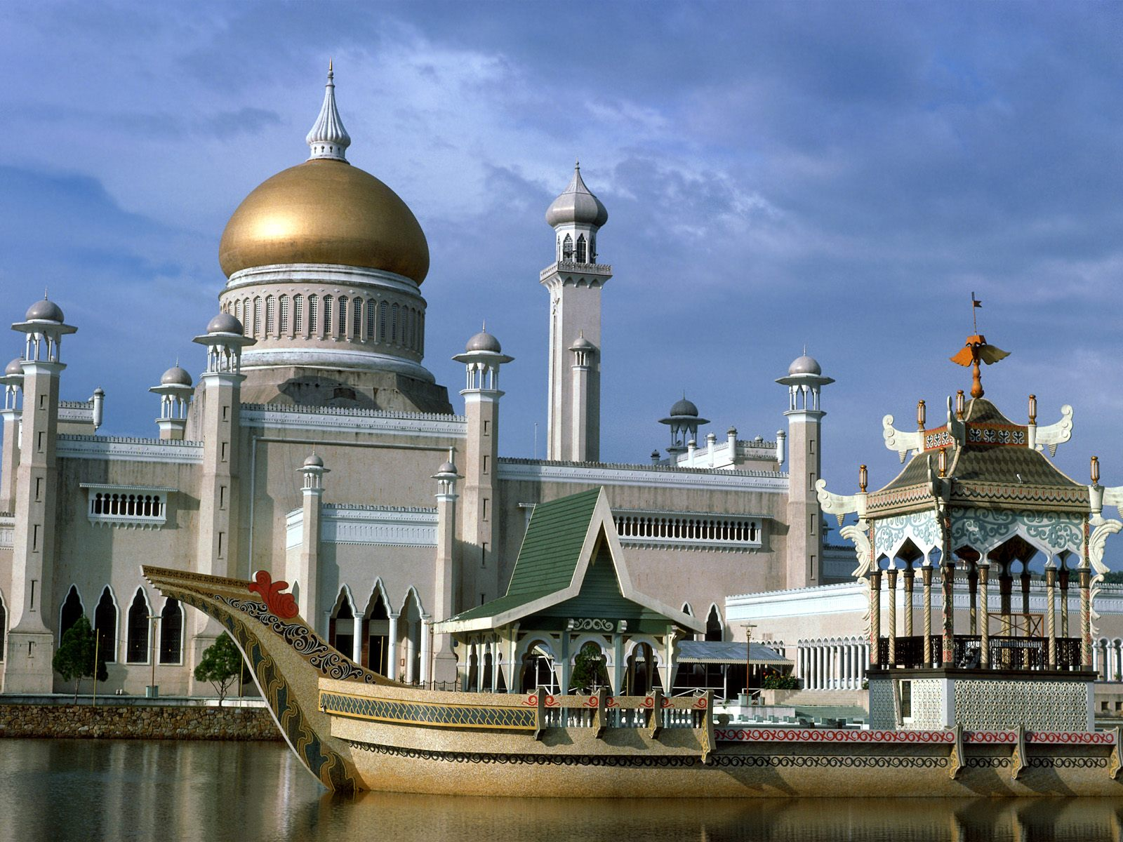 Tour Brunei