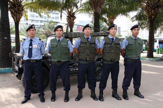 Dịch vụ vệ sĩ