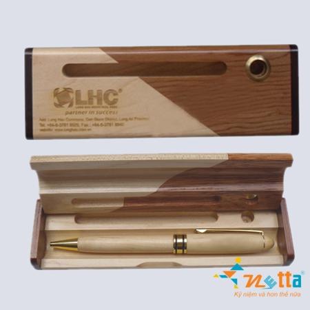 hộp bút