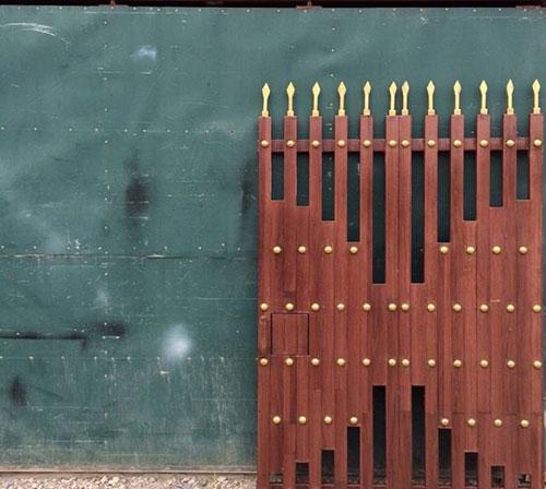 Sơn vân gỗ cửa cổng