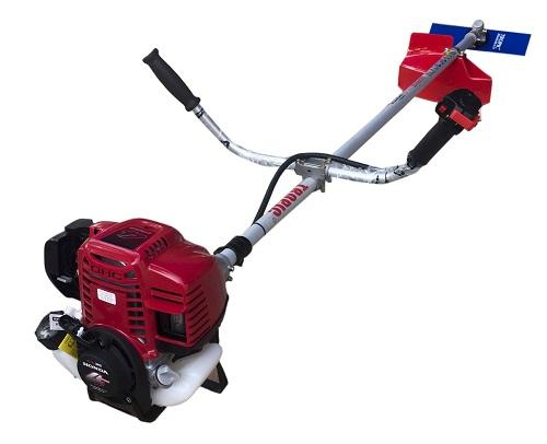 Máy cắt cỏ chạy xăng