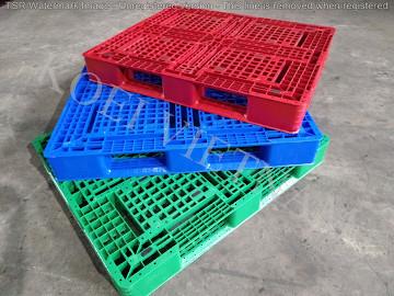 Pallet nhựa