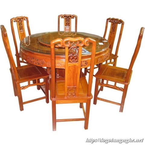 Bàn ghế ăn xoay tròn