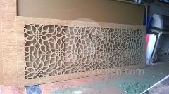 cắt khắc hoa văn trên gỗ