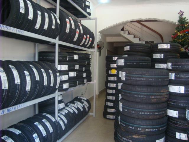 Lốp ô tô Trung Hiếu
