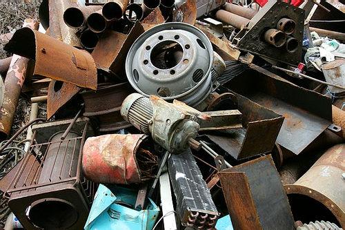 Thu mua phế liệu sắt chi tiết máy