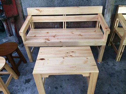 Bàn ghế gỗ pallet