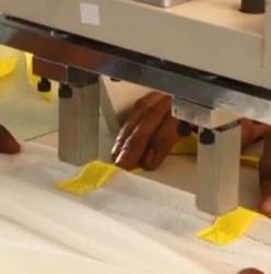 Máy hàn dây quai túi vải
