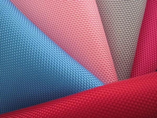 Vải Polypolyeste