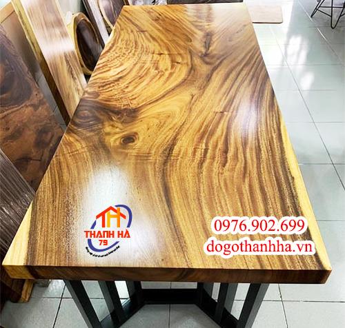 Bàn gỗ tự nhiên nguyên tấm
