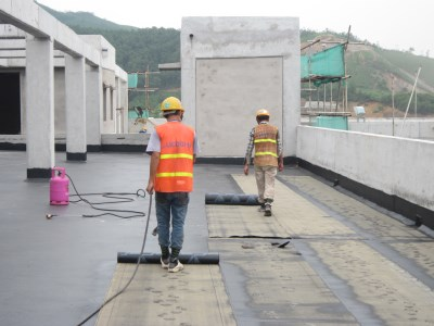 Công tác chống thấm mái