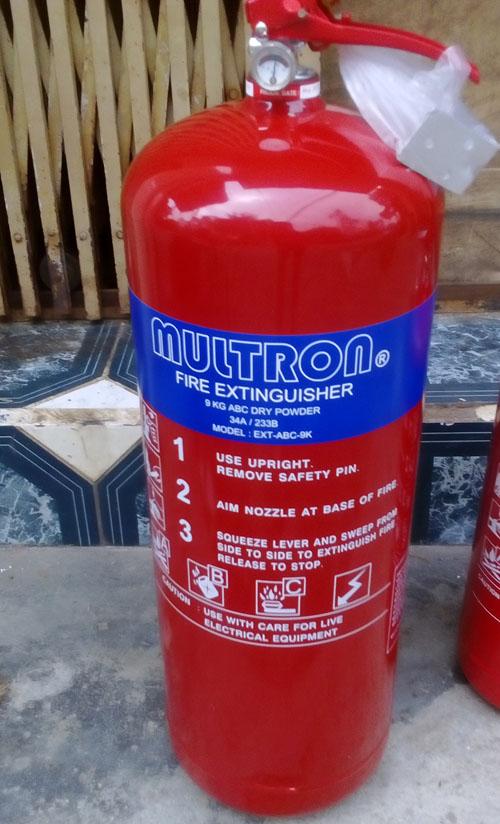 Bình chữa cháy bột ABC 9 kg Multron