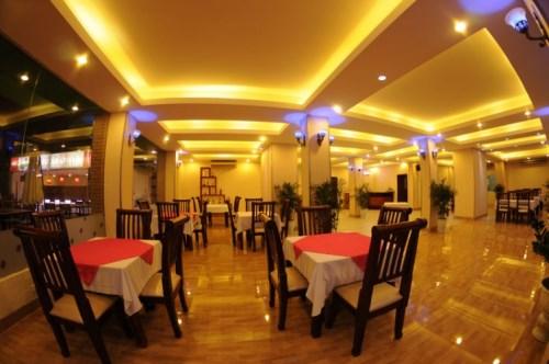 Nhà hàng sen 3 miền