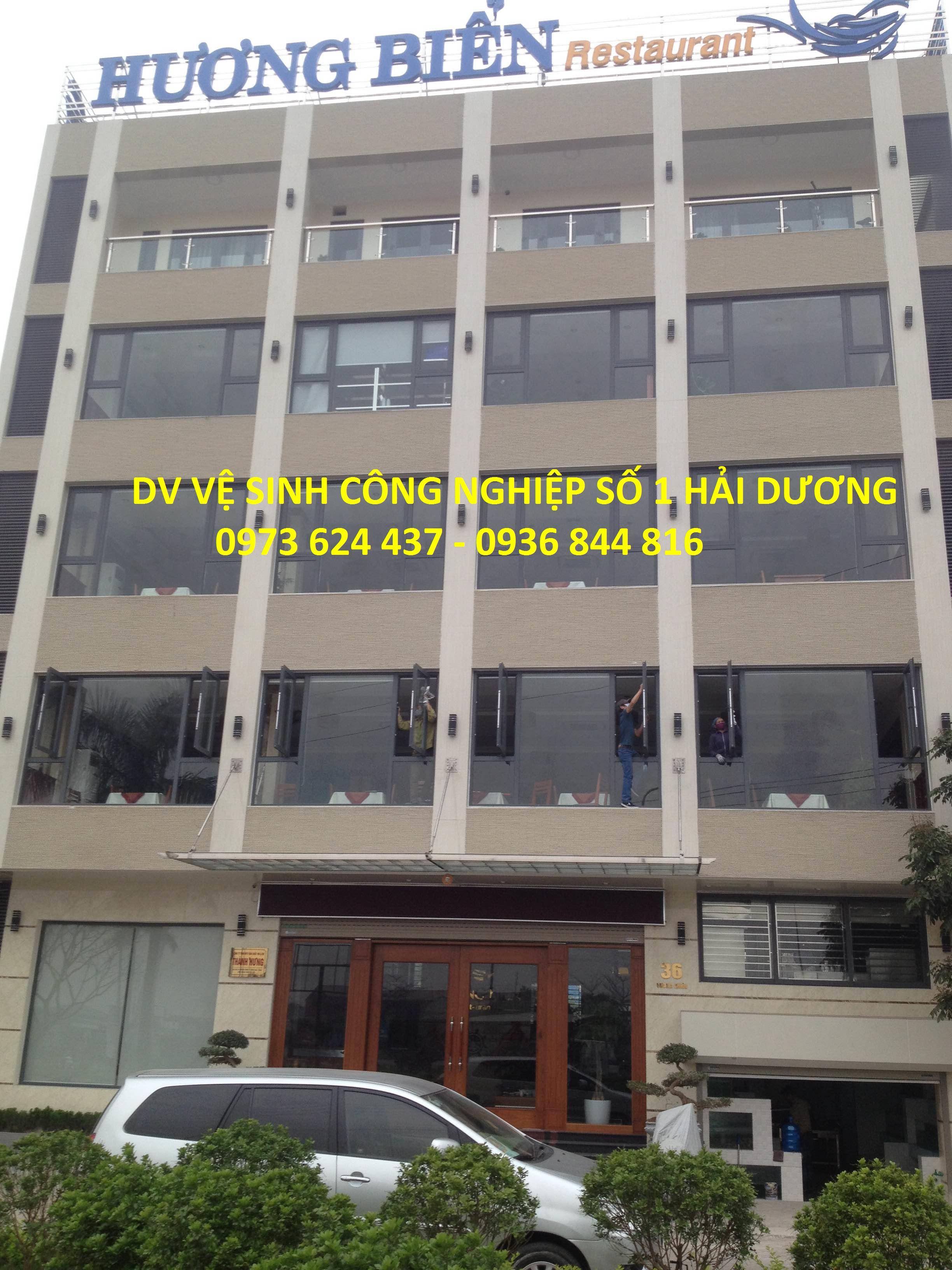 Vệ sinh tòa nhà, công trình
