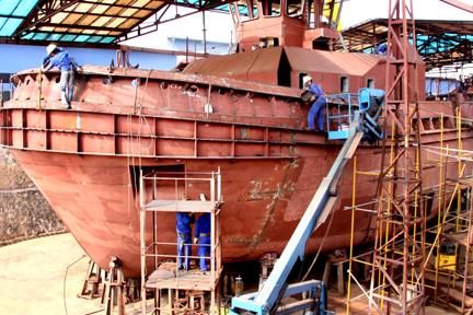 Sửa chữa tàu biển