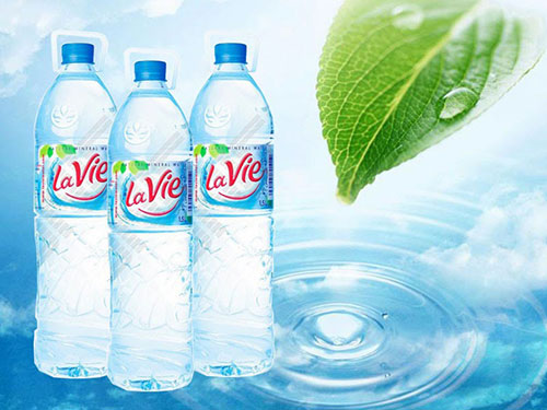 Nước khoáng Lavie chai 1.5L