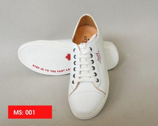Giày dây thể thao trắng