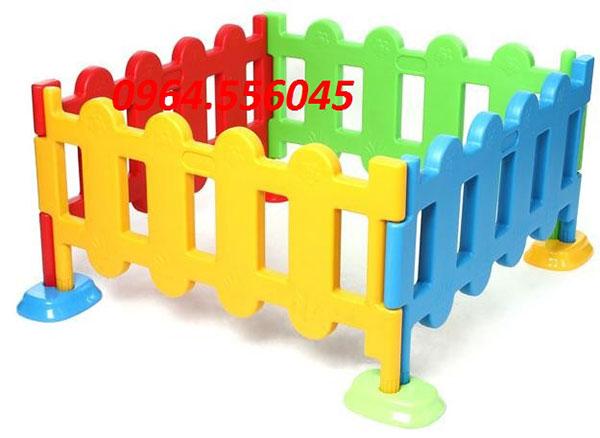 Hàng rào bể bóng