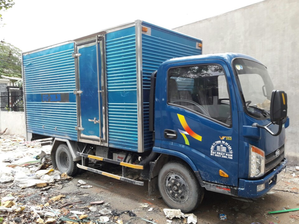 Vận chuyển bằng xe tải