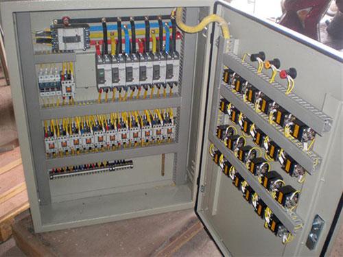 Tủ điều khiển bơm nước