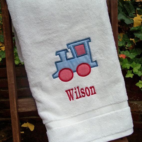 Khăn trắng in logo